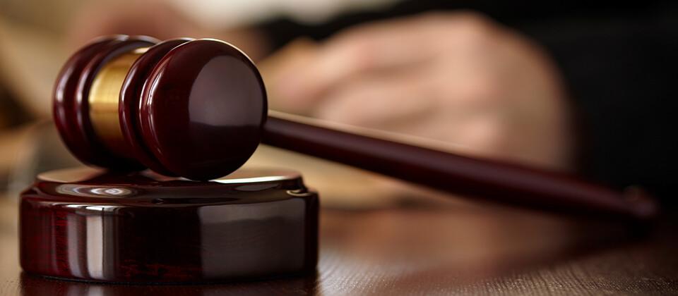 弁護士が法律を駆使し、企業の健全な事業活動を推進するとともに、紛争を未然に防止するソリューション。